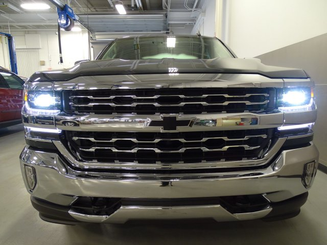 2017 Silverado 1500 Crew Cab, Pickup #170560 - photo 4