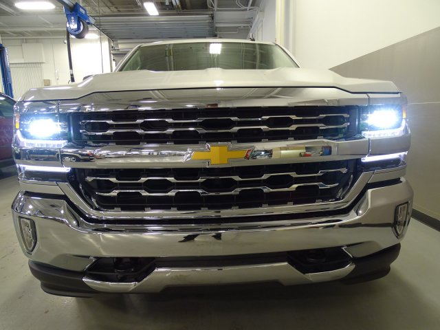 2017 Silverado 1500 Crew Cab 4x4, Pickup #170568 - photo 4