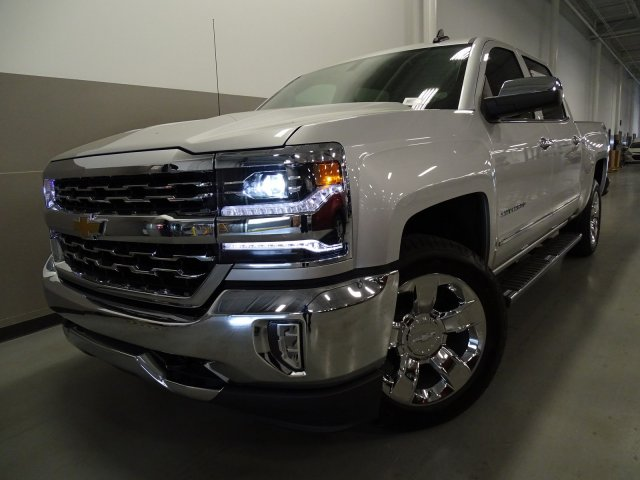 2017 Silverado 1500 Crew Cab 4x4, Pickup #170568 - photo 3