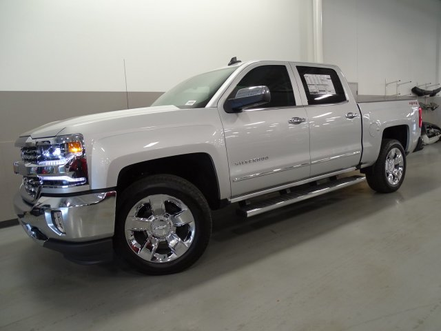 2017 Silverado 1500 Crew Cab 4x4, Pickup #170568 - photo 8