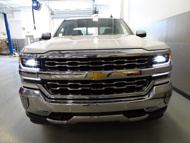2017 Silverado 1500 Double Cab, Pickup #170582 - photo 4