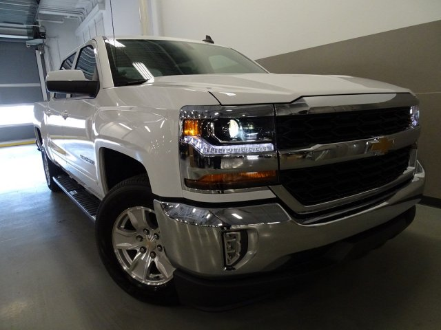 2017 Silverado 1500 Crew Cab, Pickup #170583 - photo 3