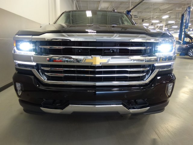 2017 Silverado 1500 Crew Cab 4x4, Pickup #170615 - photo 4