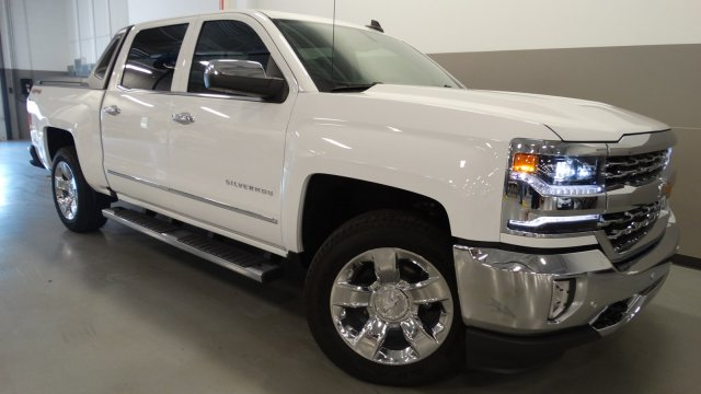 2017 Silverado 1500 Crew Cab 4x4 Pickup #170660 - photo 8