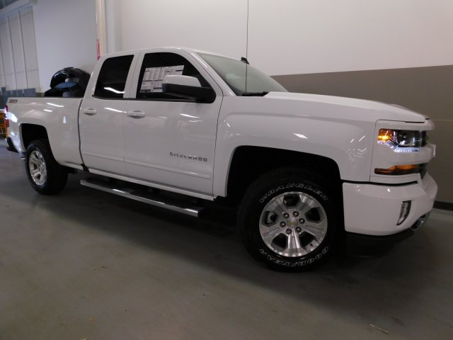 2017 Silverado 1500 Double Cab 4x4, Pickup #170661 - photo 10