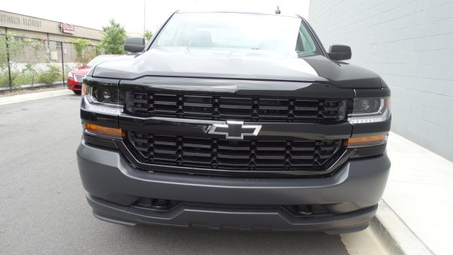 2017 Silverado 3500 Crew Cab 4x4, Pickup #170725 - photo 6