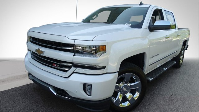 2017 Silverado 1500 Crew Cab 4x4, Pickup #170790 - photo 5