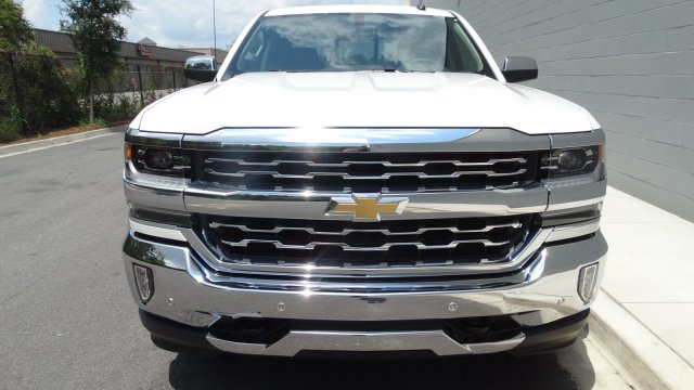 2017 Silverado 1500 Crew Cab, Pickup #170902 - photo 3