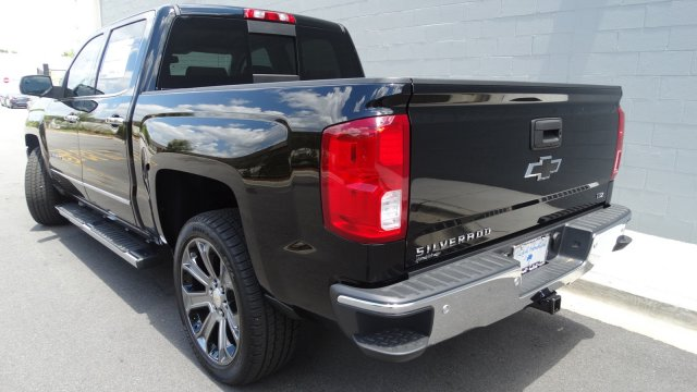 2017 Silverado 1500 Crew Cab, Pickup #170913 - photo 6