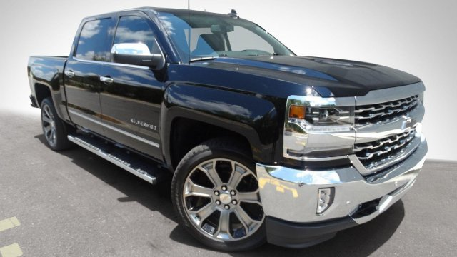 2017 Silverado 1500 Crew Cab, Pickup #170913 - photo 9