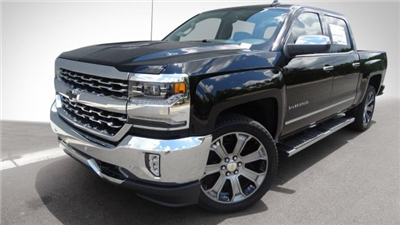 2017 Silverado 1500 Crew Cab, Pickup #170913 - photo 10