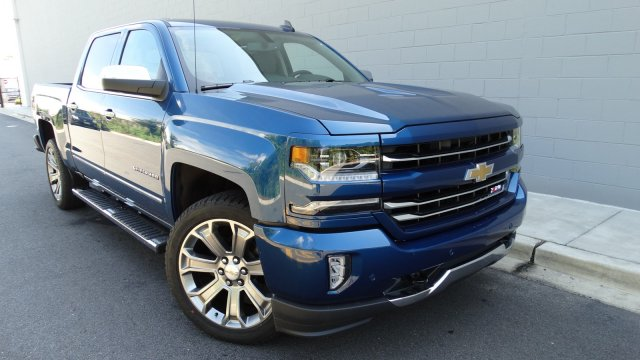2017 Silverado 1500 Crew Cab 4x4, Pickup #170957 - photo 3