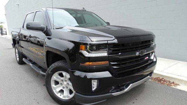 2018 Silverado 1500 Crew Cab 4x4, Pickup #180067 - photo 8