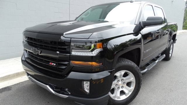 2018 Silverado 1500 Crew Cab 4x4, Pickup #180067 - photo 4