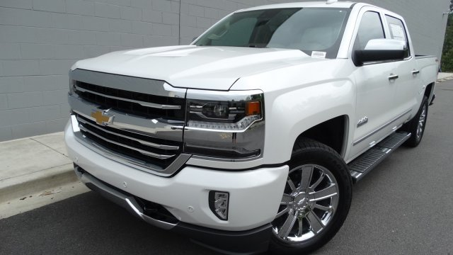 2018 Silverado 1500 Crew Cab 4x4, Pickup #180069 - photo 4