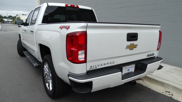 2018 Silverado 1500 Crew Cab 4x4, Pickup #180069 - photo 5
