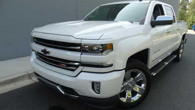 2018 Silverado 1500 Crew Cab 4x4 Pickup #180075 - photo 5
