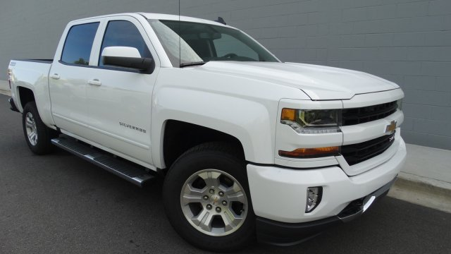 2018 Silverado 1500 Crew Cab 4x4, Pickup #180081 - photo 9