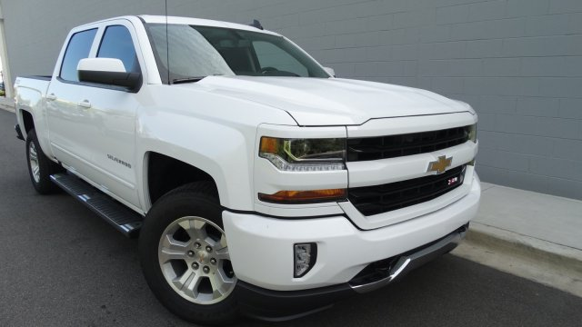 2018 Silverado 1500 Crew Cab 4x4, Pickup #180081 - photo 3