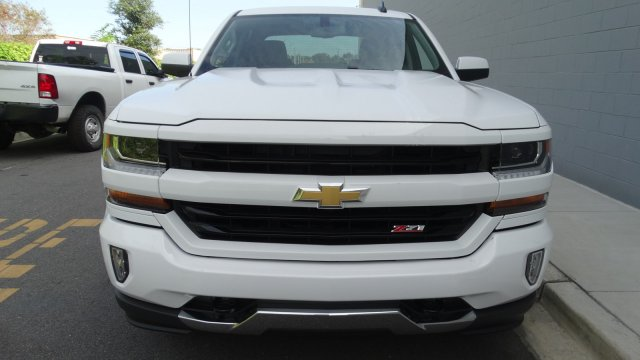 2018 Silverado 1500 Crew Cab 4x4, Pickup #180081 - photo 4