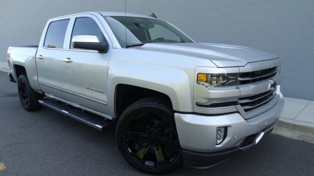 2018 Silverado 1500 Crew Cab 4x4, Pickup #180086 - photo 9