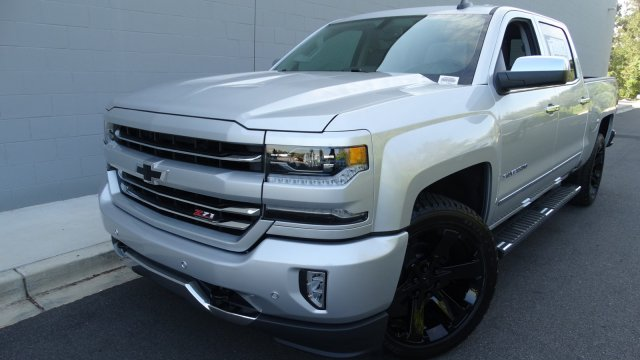 2018 Silverado 1500 Crew Cab 4x4, Pickup #180086 - photo 5