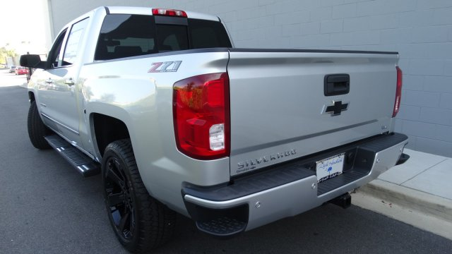 2018 Silverado 1500 Crew Cab 4x4, Pickup #180086 - photo 6