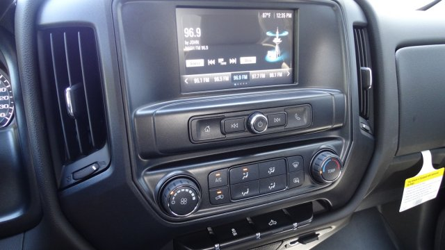 2018 Silverado 1500 Crew Cab Pickup #180087 - photo 24
