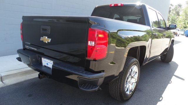 2018 Silverado 1500 Crew Cab Pickup #180087 - photo 2