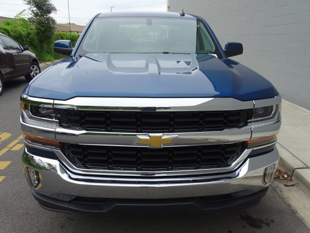 2018 Silverado 1500 Crew Cab Pickup #180089 - photo 4