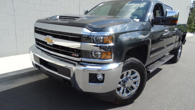 2018 Silverado 2500 Crew Cab 4x4, Pickup #180091 - photo 4