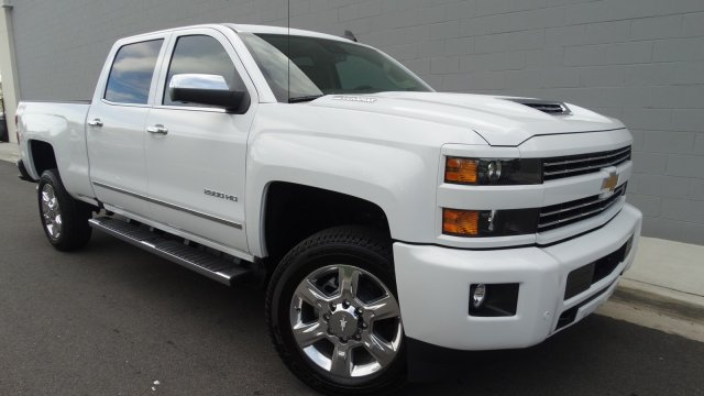 2018 Silverado 2500 Crew Cab 4x4 Pickup #180129 - photo 9