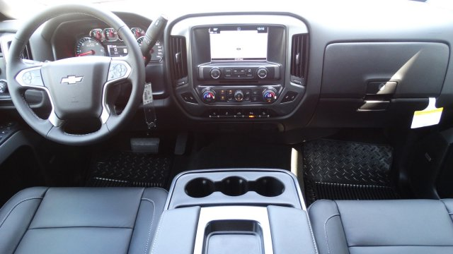 2018 Silverado 1500 Crew Cab 4x4 Pickup #180133 - photo 29