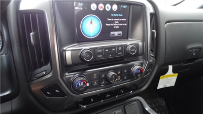 2018 Silverado 1500 Crew Cab 4x4 Pickup #180149 - photo 23