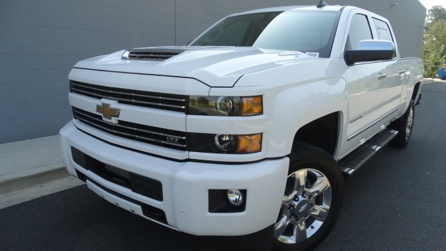 2018 Silverado 2500 Crew Cab Pickup #180158 - photo 5