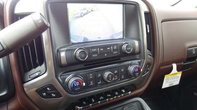2018 Silverado 3500 Crew Cab 4x4 Pickup #180161 - photo 22