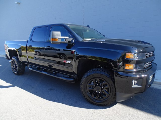 2018 Silverado 2500 Crew Cab 4x4 Pickup #180218 - photo 10