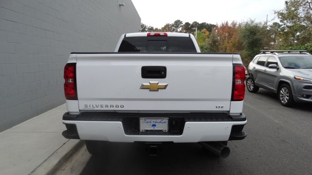 2018 Silverado 2500 Crew Cab 4x4 Pickup #180261 - photo 5