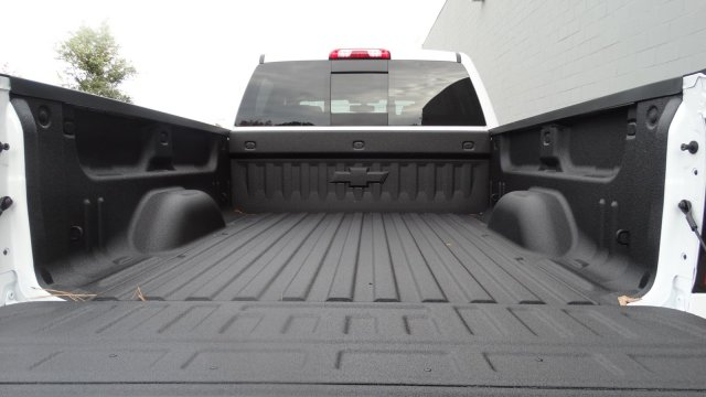 2018 Silverado 2500 Crew Cab 4x4 Pickup #180261 - photo 6