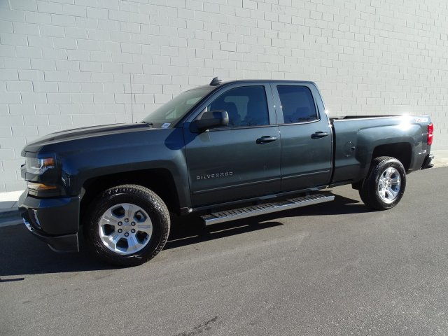 2018 Silverado 1500 Double Cab 4x4, Pickup #180263 - photo 11