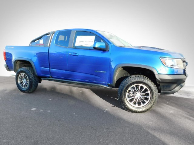2018 Colorado Extended Cab 4x4, Pickup #180270 - photo 10