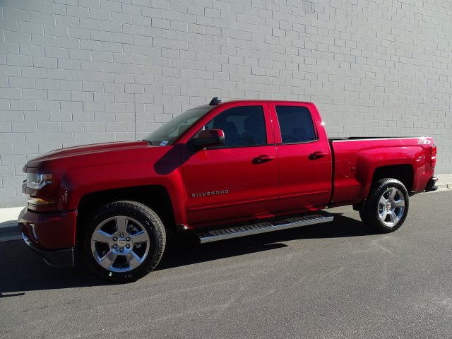 2018 Silverado 1500 Double Cab 4x4, Pickup #180274 - photo 11