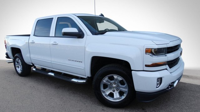 2018 Silverado 1500 Crew Cab 4x4, Pickup #180283 - photo 3
