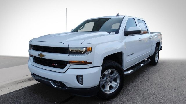 2018 Silverado 1500 Crew Cab 4x4, Pickup #180283 - photo 9
