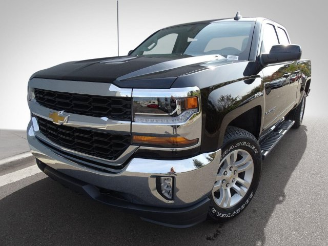 2018 Silverado 1500 Double Cab 4x4, Pickup #180286 - photo 4