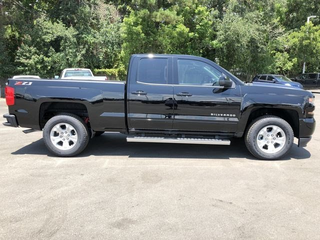 2018 Silverado 1500 Double Cab 4x4,  Pickup #180335 - photo 3
