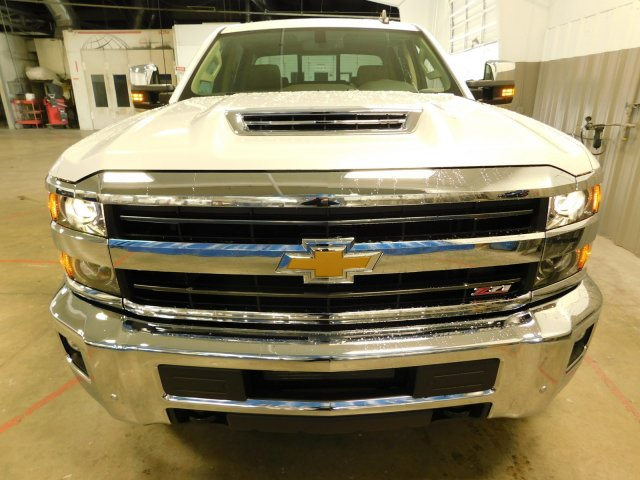 2018 Silverado 2500 Crew Cab 4x4,  Pickup #180350 - photo 3