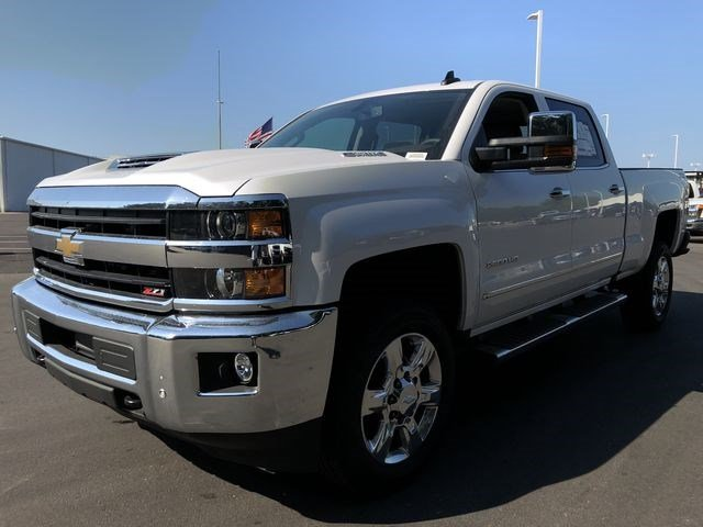 2018 Silverado 2500 Crew Cab 4x4,  Pickup #180350 - photo 7