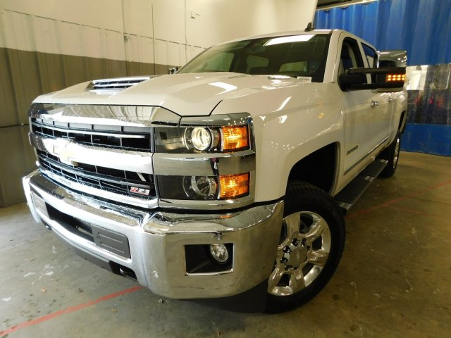 2018 Silverado 2500 Crew Cab 4x4,  Pickup #180350 - photo 4
