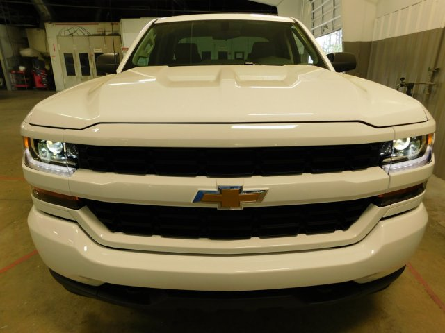2018 Silverado 1500 Double Cab 4x4, Pickup #180386 - photo 4